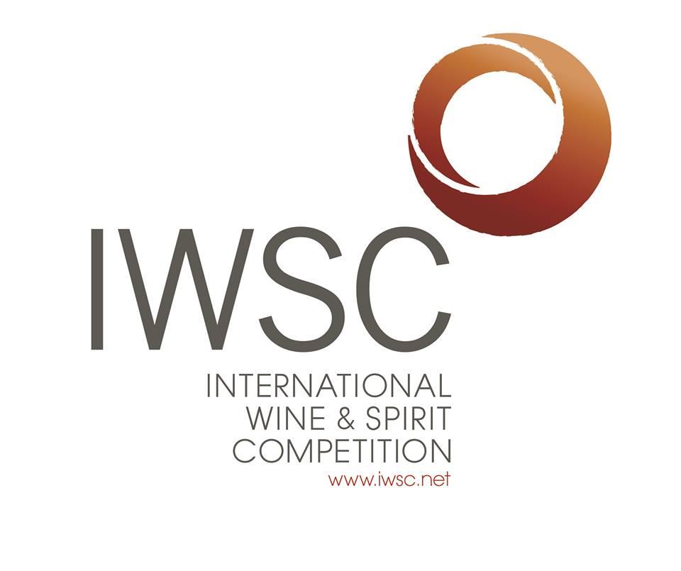 Cantine Lizzano premiata dall'IWSC
